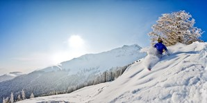 22 € -- Ski-Opening in St. Johann: Ausflug mit Skipass, -49%