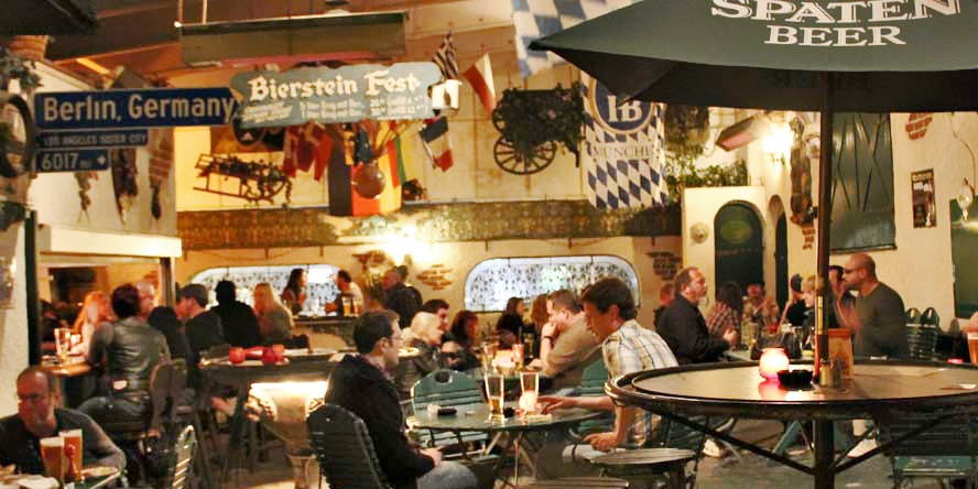 $10 & up -- Red Lion Tavern: 50% Off German Drinks & Dinner