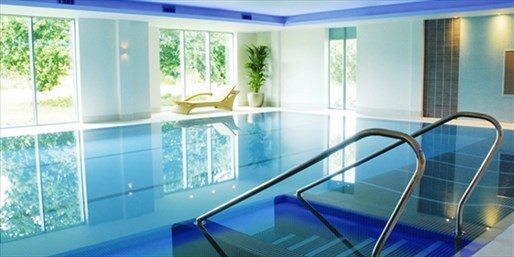£65 -- Cotswolds Spa Day inc 2 Treatments & Lunch, 53% Off