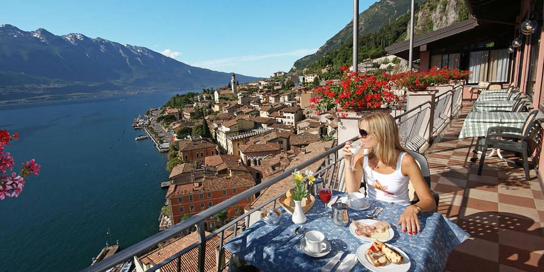 Hotel Castell -- Limone sul Garda, Italien