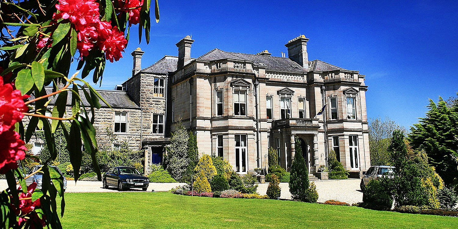 Tre-Ysgawen Hall Country House Hotel & Spa