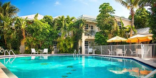 Travelzoo Deal: $99 -- Vero Beach Hotel w/Breakfast & Cocktails, 35% Off