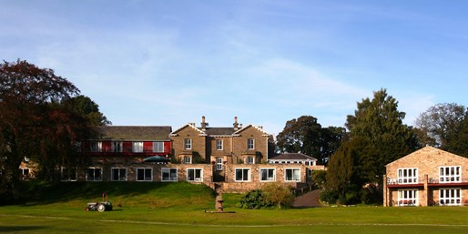 £139 -- Northumberland: 2-Nt Victorian Mansion Stay w/Dinner