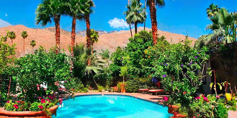 $89 -- Charming Palm Springs Inn w/Breakfast, Reg. $149
