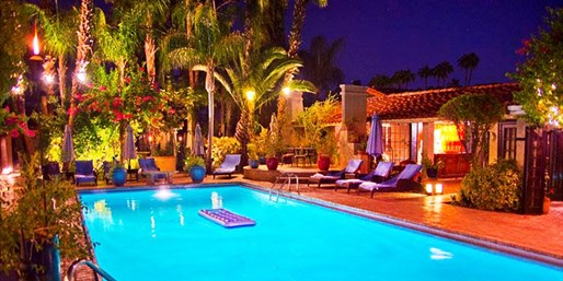 Travelzoo Deal: $109 -- Charming Palm Springs Inn w/Breakfast, Reg. $179