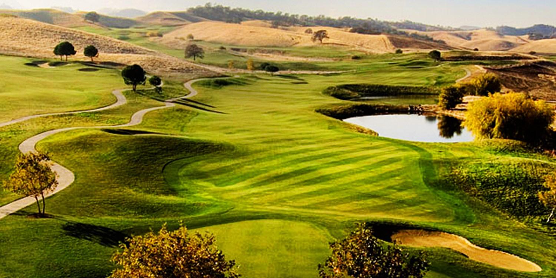 $29 -- Golf Digest 4-Star Course: 18 Holes w/Cart, Reg. $70