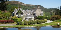 £189 -- 2-Night Snowdonia Break w/Meals & Bubbly, 44% Off
