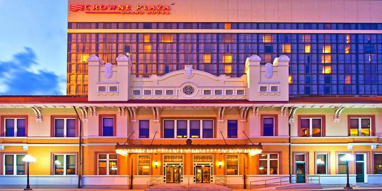 Pensacola Grand Hotel -- Pensacola, FL