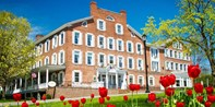 $129  -- Vermont: Historic Inn Retreat w/Breakfast, 50% Off