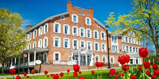 $129 -- Historic Vermont Inn w/Breakfast, Half Off