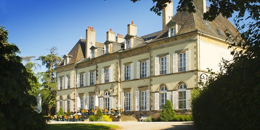 £89 -- France: 19th-Century Auvergne Château Stay, 35% Off