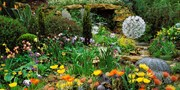 £139.95pp -- RHS Chelsea Flower Show & 4-Star London Stay