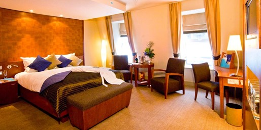 Jersey Stay w/£20 Credit to Spend in 2-AA-Rosette Restaurant