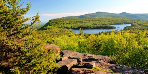 $79 -- N.Y. Catskill Mountains Escape thru Fall, 35% Off