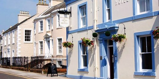 £119 -- 2-Nt Scottish Harbour-Town Stay w/Breakfast, 51% Off