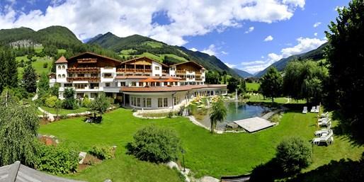 159 € -- 3 Tage Südtirol mit 5-Gang-Menüs & E-Bike, -56%