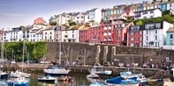 £89 -- Devon Harbourside Stay w/Dinner & Prosecco, Was £170