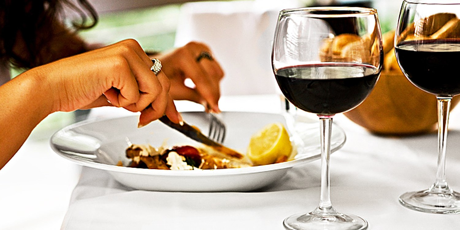 Dinner for 2 w/Bottle of Wine at Pak Hill Gem, 50% Off