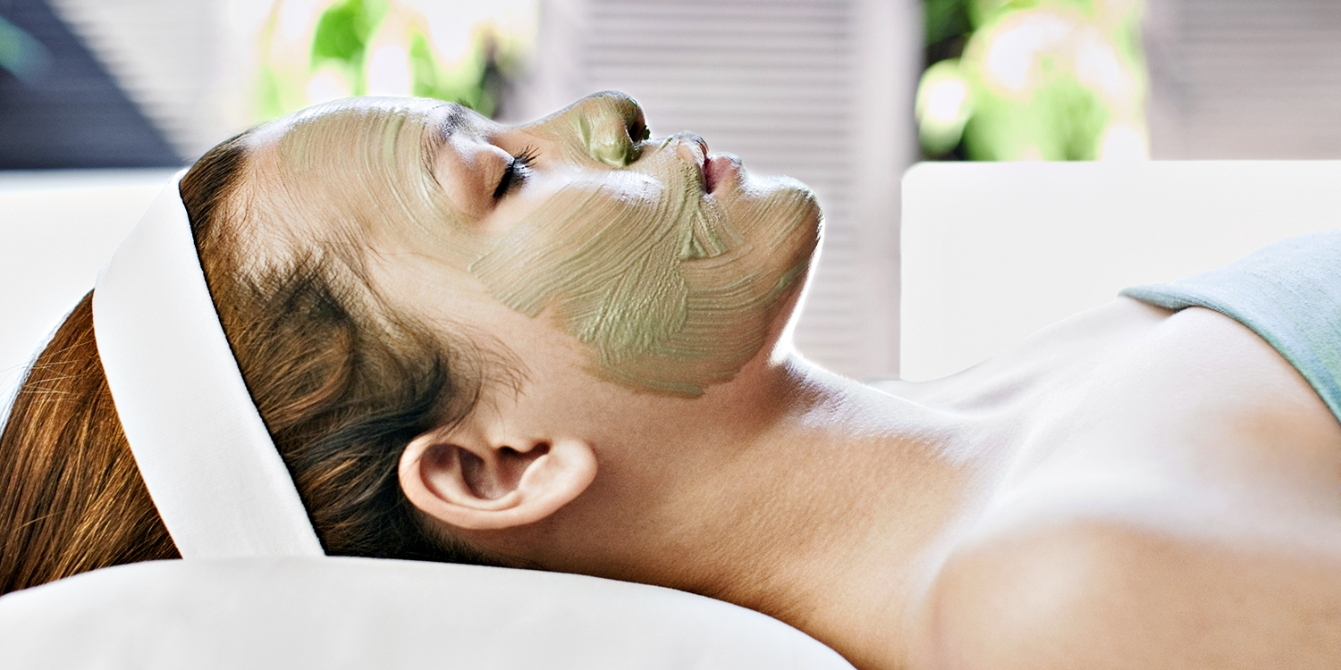 $49 -- La Jolla: 60-Minute Spa Facial, Reg. $100