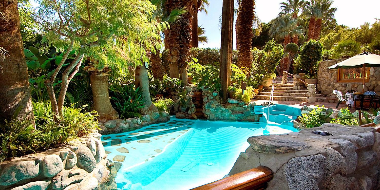 Travelzoo Deal: $199 -- Desert Springs Hotel w/Breakfast & $50 Spa Credit