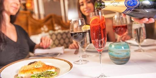 ¥599 -- 5.3折 拉斯维加斯Andre's法式餐厅双人三道式晚餐 名厨掌勺 超多好评