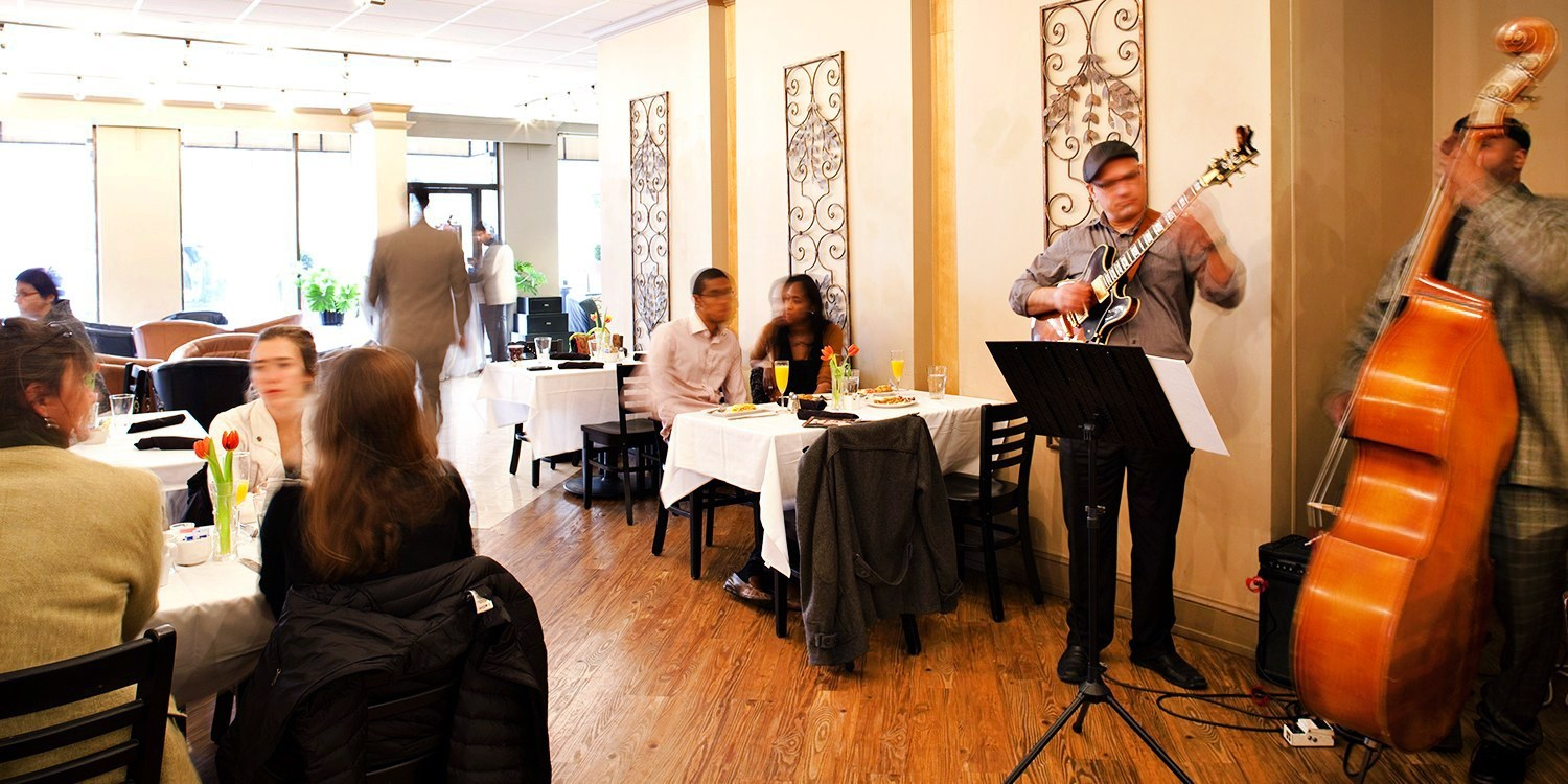 $35 -- Brunch w/Unlimited Mimosas & Live Jazz for 2, 40% Off