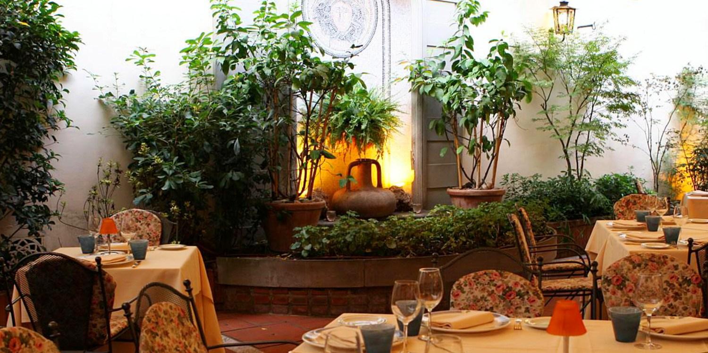 85€ -- Florence : nuit luxe avec surclassement & pdj, -100€