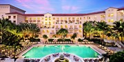 $119 -- Turnberry Isle Spa & Pool Day w/Bubbly, 50% Off