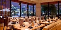 ¥588 -- 满分好评!尽赏浦江夜色 滨江大道 Tavola 意大利餐厅双人四道式海陆晚餐
