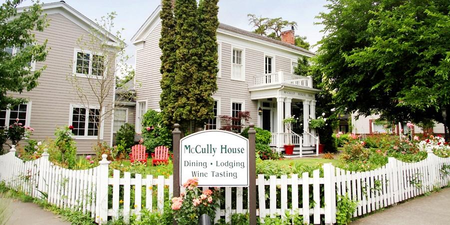 $249 -- Oregon: 2-Night Wine Country Escape, Reg. $588