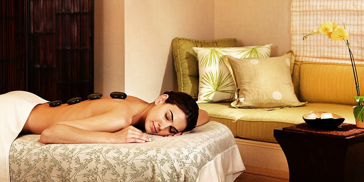 $139 -- 4-Diamond Esmeralda: Spa Day w/Massage & Facial