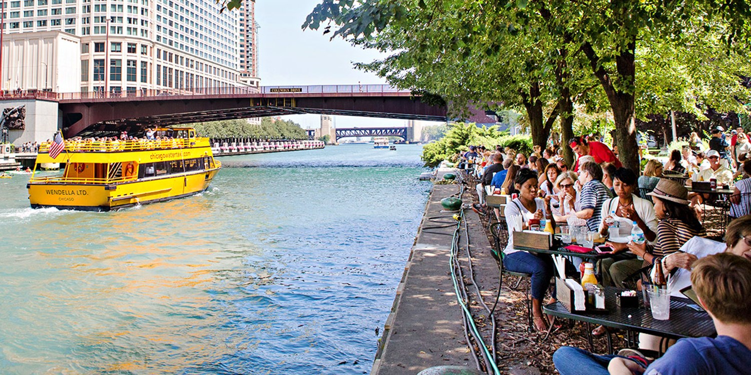 Brunch Along the Chicago River for 2 w/Champagne, 45% Off