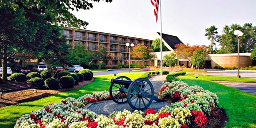Travelzoo Deal: Historic Williamsburg Getaway thru November, Save up to 70%