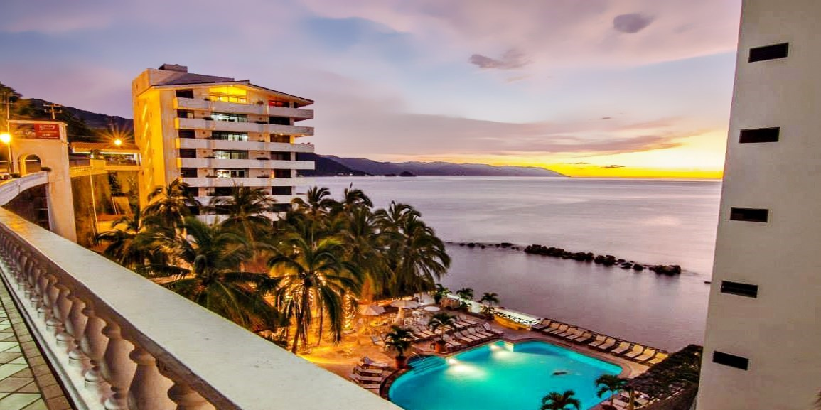 $299 -- Puerto Vallarta 4-Nt. Beach Escape for 2, Reg. $726