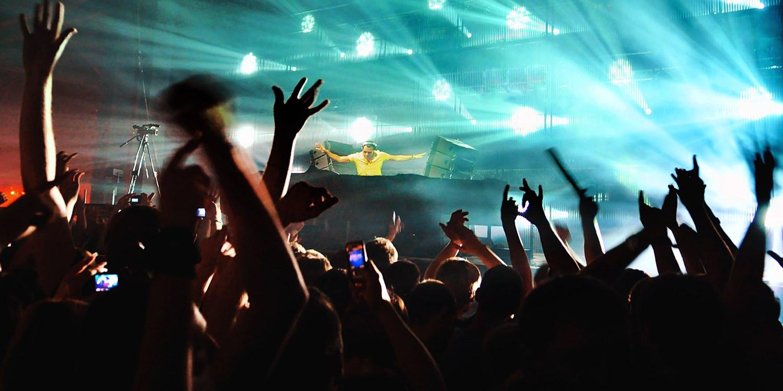 $39 -- LA: VIP Nightclub Tour w/VIP Access, Reg. $79