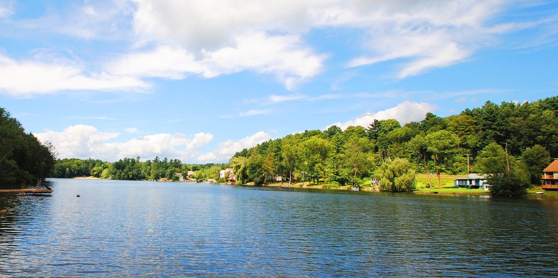 $79 -- Berkshires: Lakefront Getaway w/Breakfast, 50% Off
