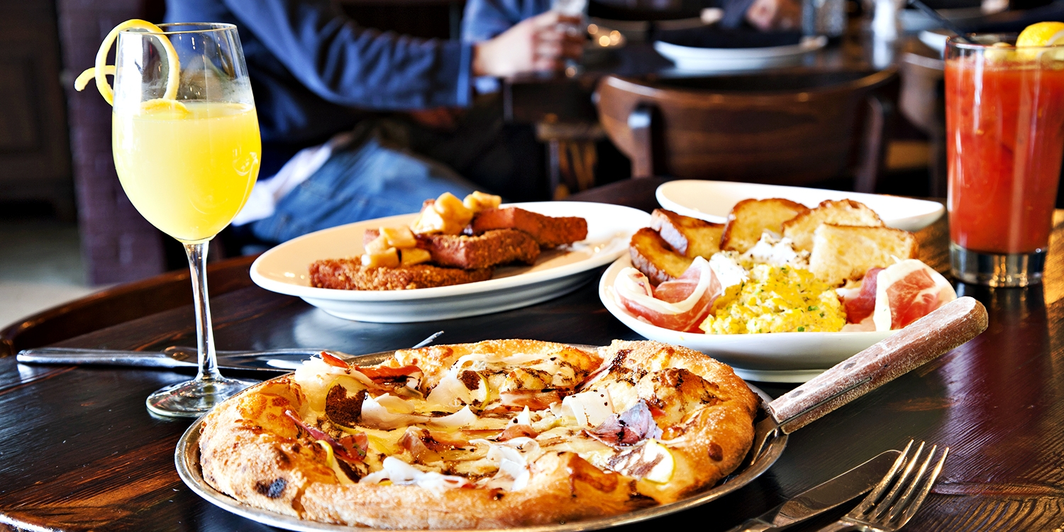$39 -- 'Delicious' Arcuri: Brunch for 2 w/Endless Mimosas