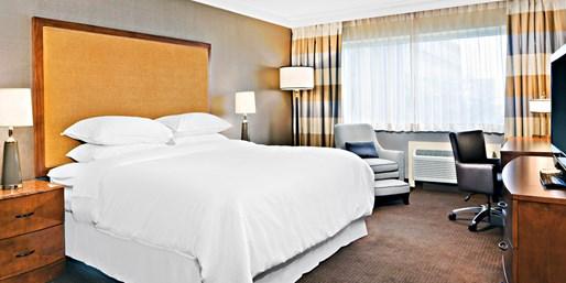 $79-$89 -- Niagara Falls N.Y. Hotel w/Gaming & Dining Credit