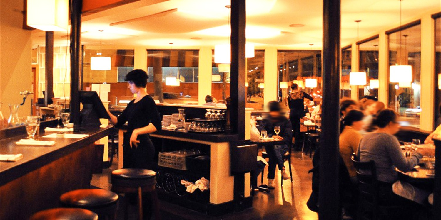 $20 -- Berkeley: Pizza Moda Dinner & Drinks for 2, Reg. $40