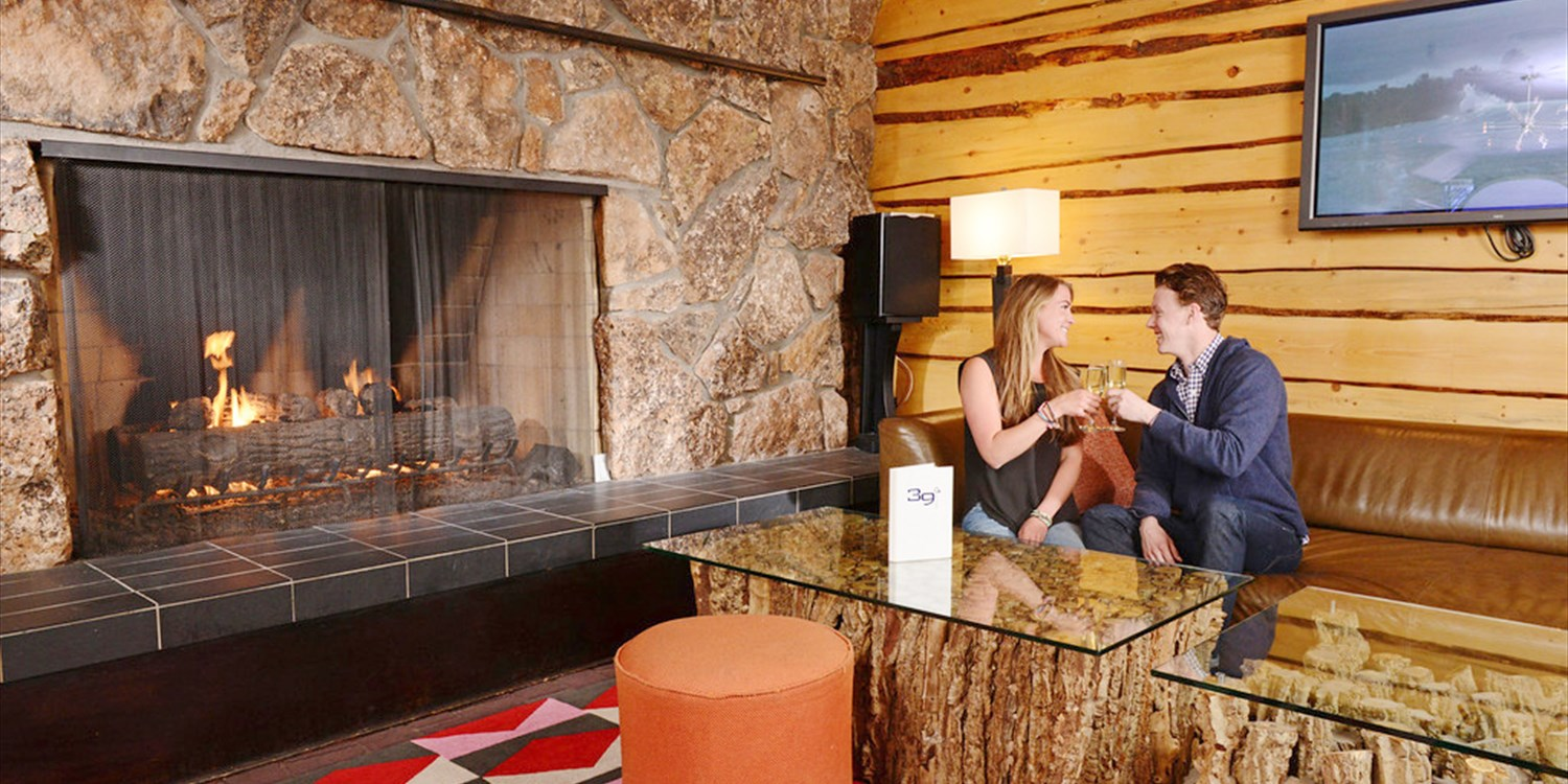 $39 -- Sky Hotel in Aspen: Drinks & Apps for 2 at 39 Degrees
