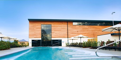£35 -- Surrey Spa Day with Lunch & Wine, Save 40%
