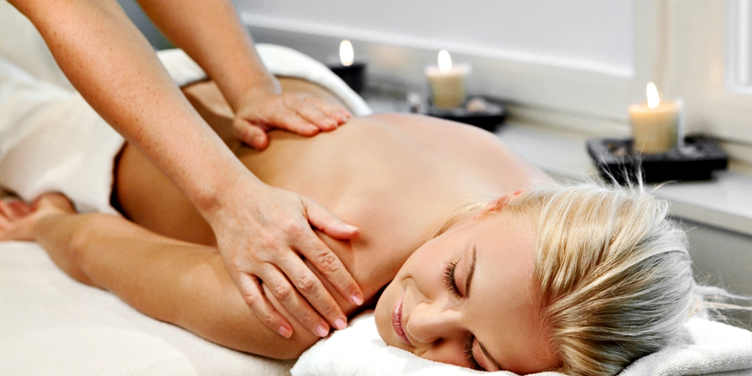 Top-Rated Lincoln Park Spa: Choice of Massage, Save 15%