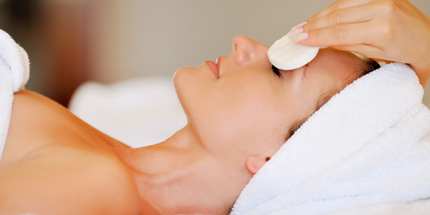 Facial & Bubbly Packages in Woodland Hills, Save $70