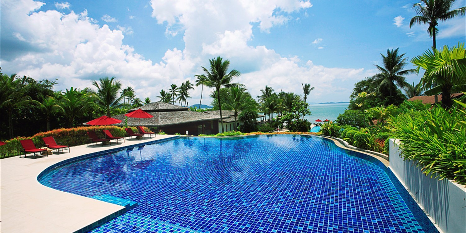 $267 -- 3-Night Phuket Island Escape w/Massage, Save 65%