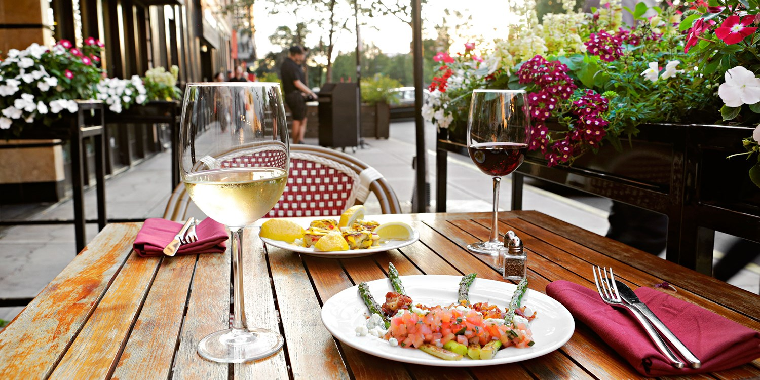 Randolph Street: 40% Off Alfresco Tapas Dining & Drinks