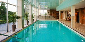 £75 -- Devon Spa Day for 2 w/Rasul, Lunch & Bubbly, 63% Off