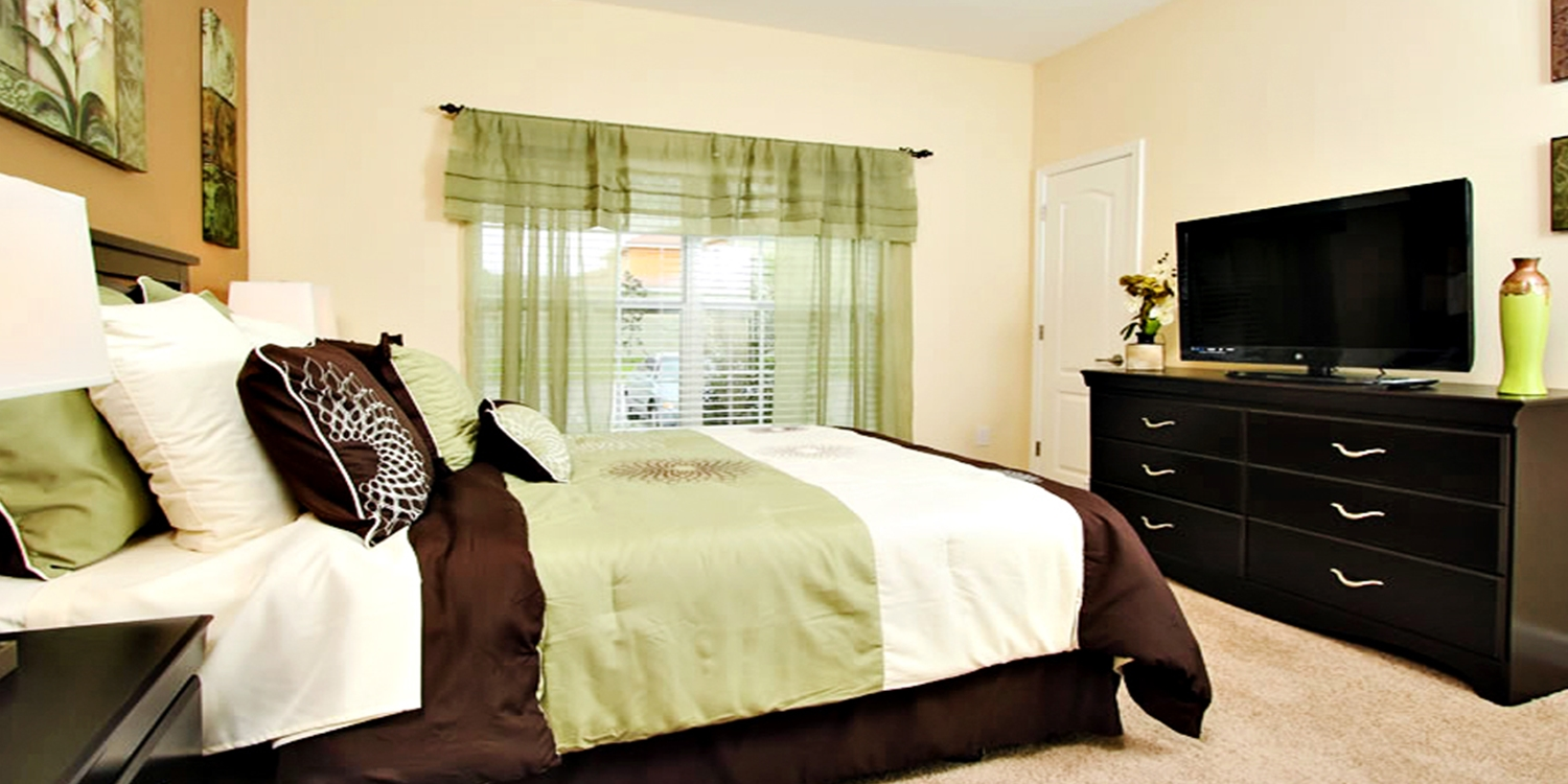 $299 -- Orlando 3-Night Stay in 4-Bedroom Townhome, 55% Off