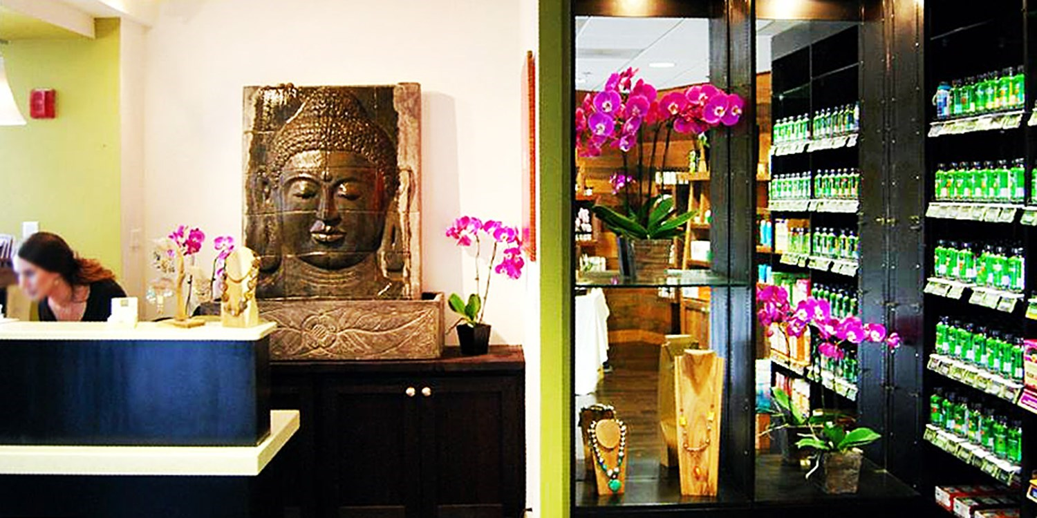 $25 -- Blowout Package at Top-Rated Organic Salon, Reg. $40