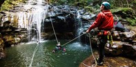 ¥498 -- 5折 澳大利亚蓝山单人半日峡谷冒险之旅 含瀑布绳降+游泳+跳水等