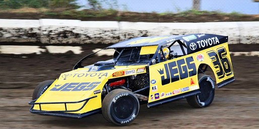 Kenny Wallace Dirt Racing: Save up to 55% on Drives or Rides